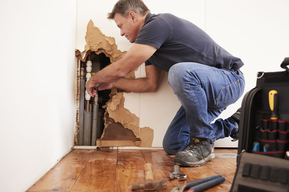 Water-damage-restoration-repairing