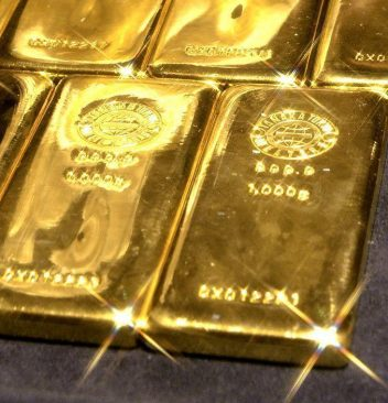 A picture shows 1-kilogram gold bars at