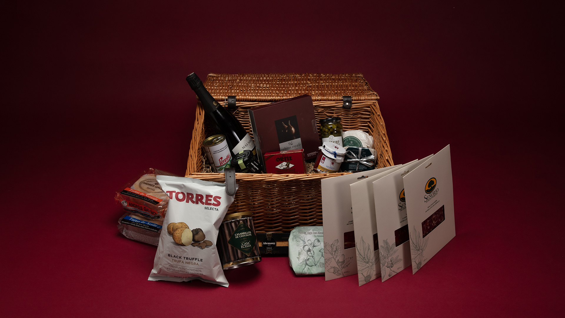 cheap hampers available